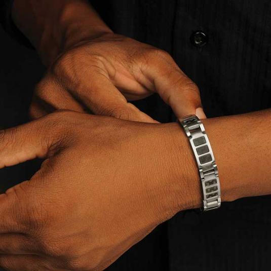 Black Carbon Fiber Stainless Magnetic